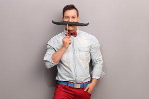 Novembro Azul: é hora de deixar o bigode crescer
