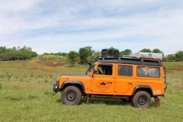 land rover laranja