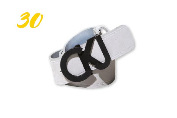 30. Cinto Calvin Klein couro com borda gelo (R$ 194,25) |  calvinklein.com.br
