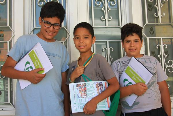 Adolescente e informática - Aulas de pacote Office e introdução à internet para crianças | safbarueri@gmail.com