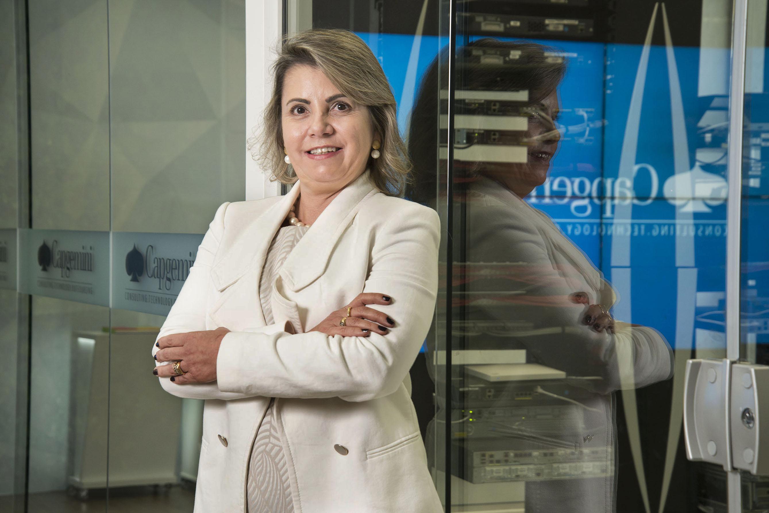 Moradora de Alphaville está entre as duas únicas mulheres vice-presidentes da multinacional Capgemini no Brasil