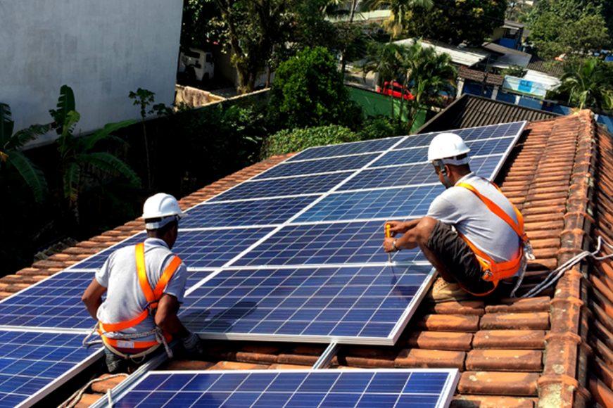 633670f374ad-foto_curso_instalador_de_placas_fotovoltaicas